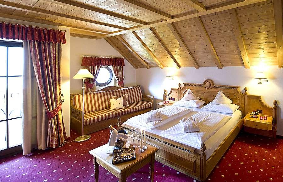 Impressionen Zimmer Und Suiten Im 4 Sterne Hotel In Gröden
